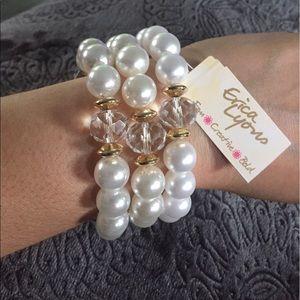 Pearl 3-Piece Stretch Bracelet Set with Go…